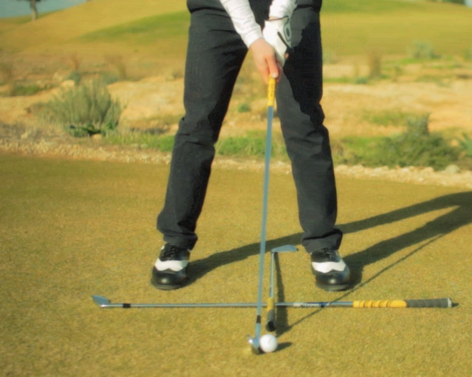 golf stance for mid iron